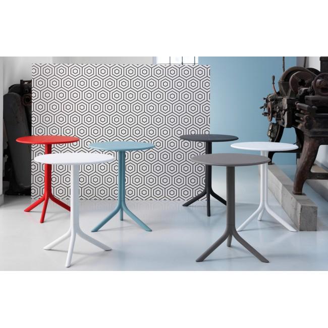 Plastový zahradní stůl Step 2v1, 60,5 cm