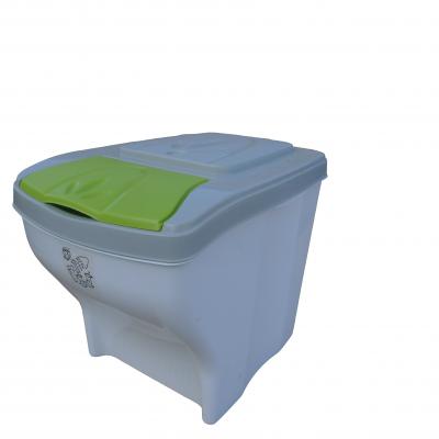Plastový koš na tříděný odpad s barevným víkem