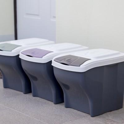 Koše na třídění domovního odpadu