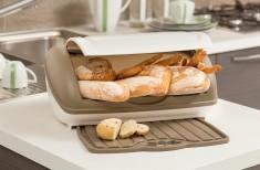Chlebovka s podložkou hnědá
